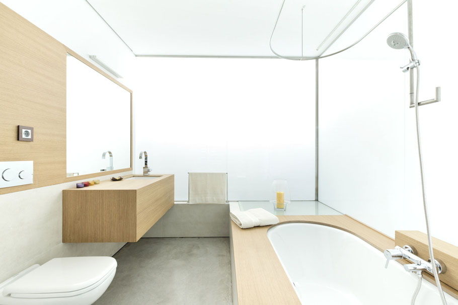 13491. From Luxurious Influences To Contemporary Design, Bathrooms ...
