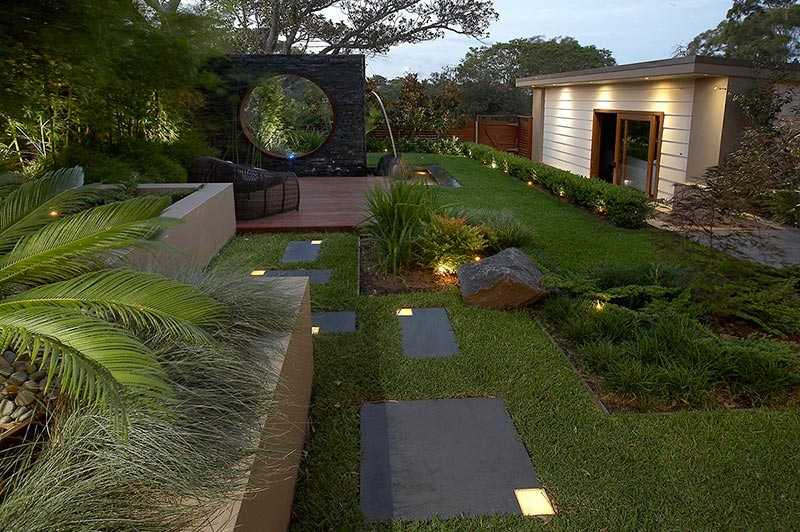 Modern landscape design ideas from rolling stone for Beautiful landscape design