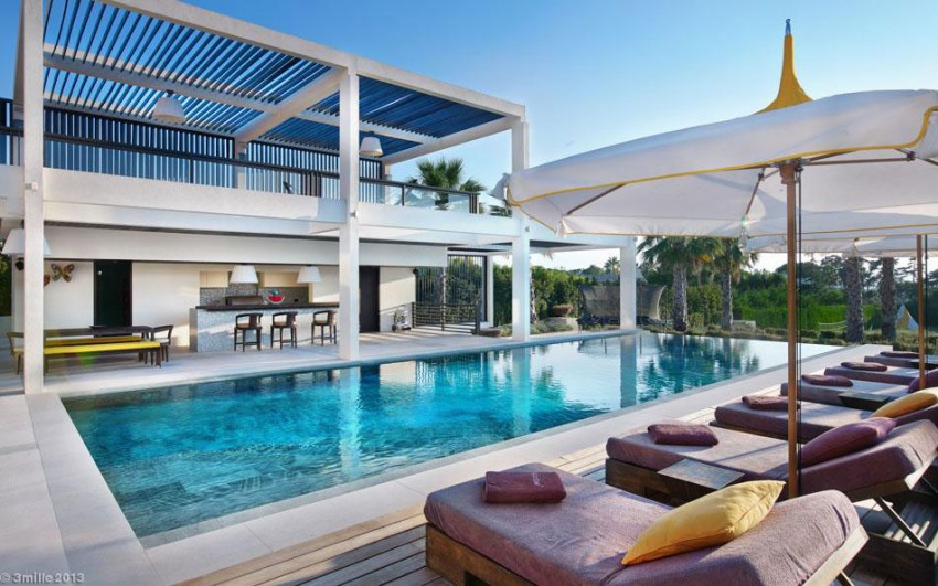 Luxury-Modern-Villa-on-Cap-dAntibes-07-850x531