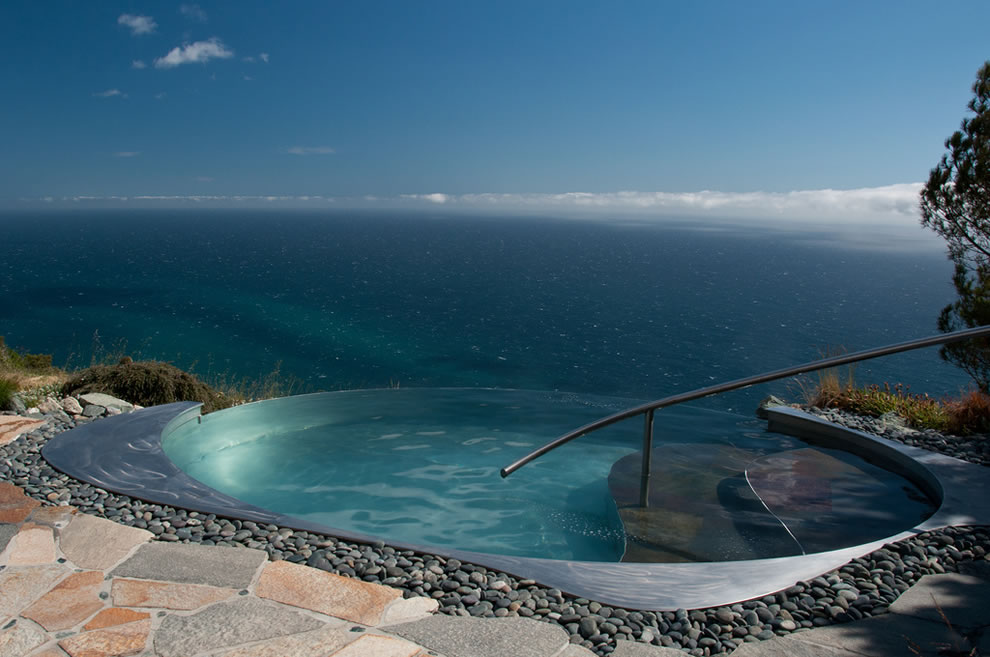 15 Exquisite Infinity Pools That Will Blow Your Mind ...