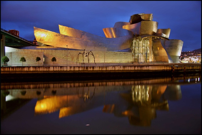 11-33-Worlds-Top-Strangest-Buildings-guggenheim
