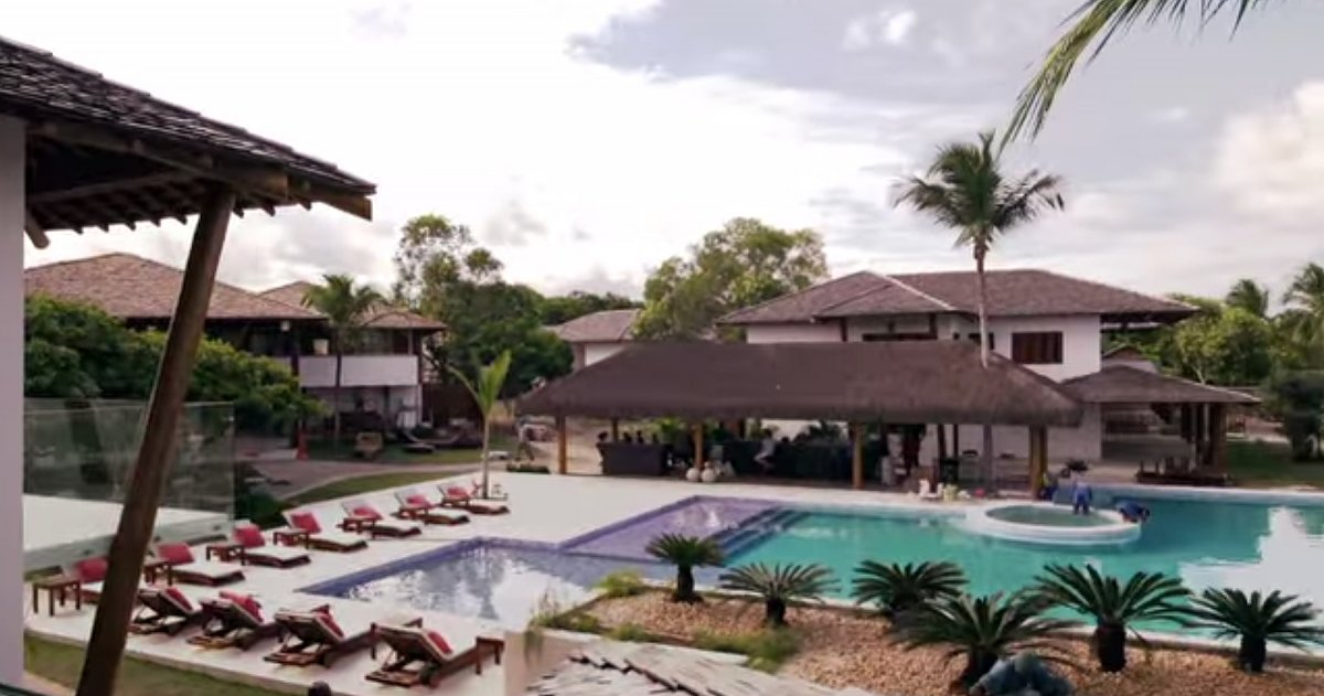 The villas are situated around the pool area.