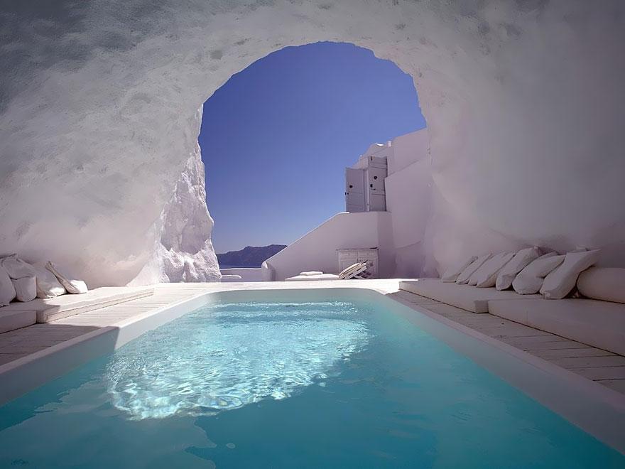 12 Katikies Hotel-Oia, Greece