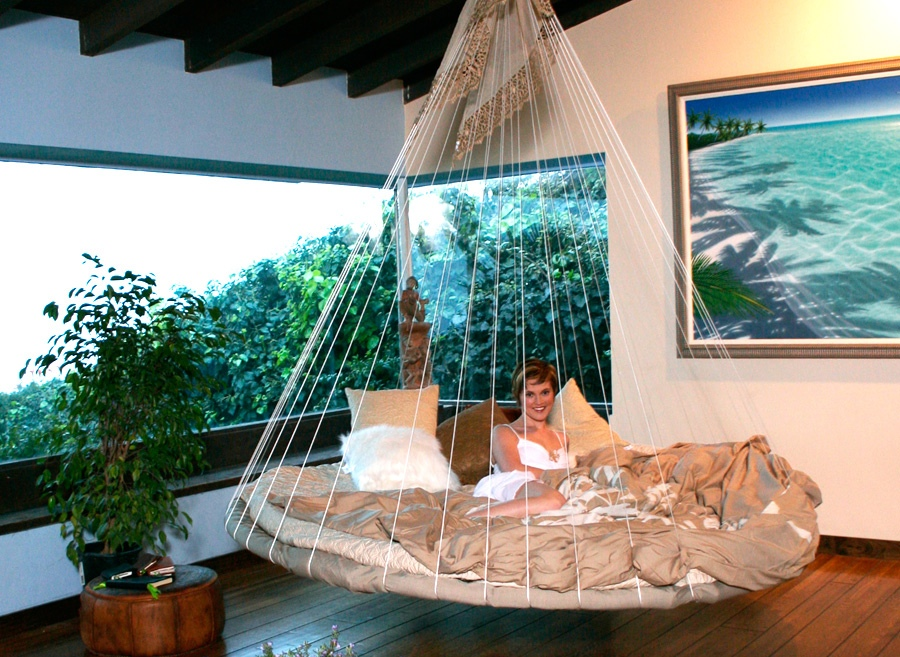 12-indoor-floating-bed-hammock