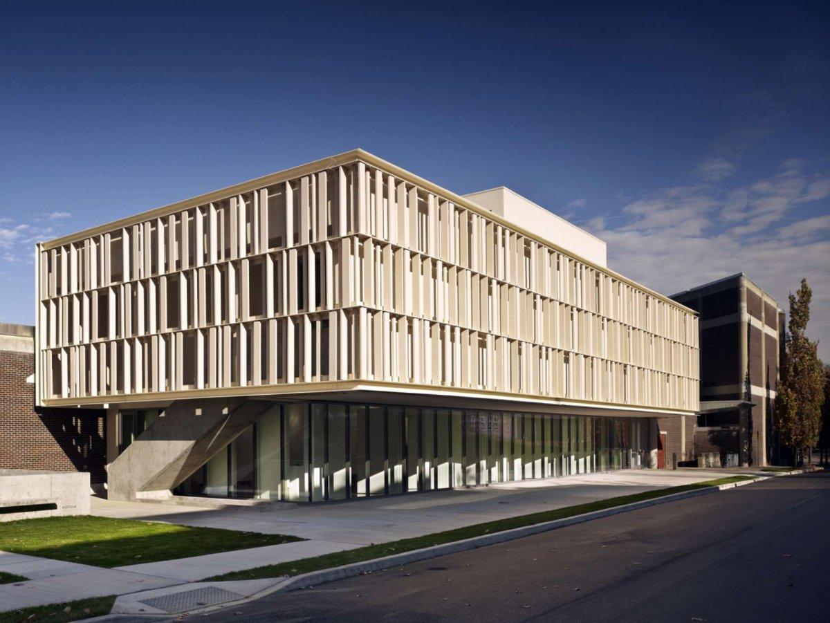 BEST ART GALLERY (Jury) : McGee Art Pavilion School of Art & Design, New York, ikon.5 architects