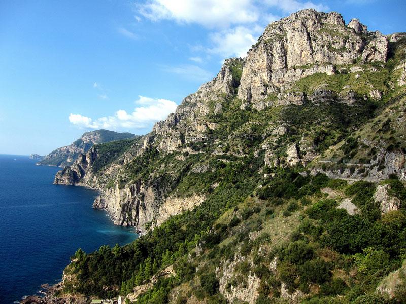 22-amalfi-coast-italy-road-to-sorrento1