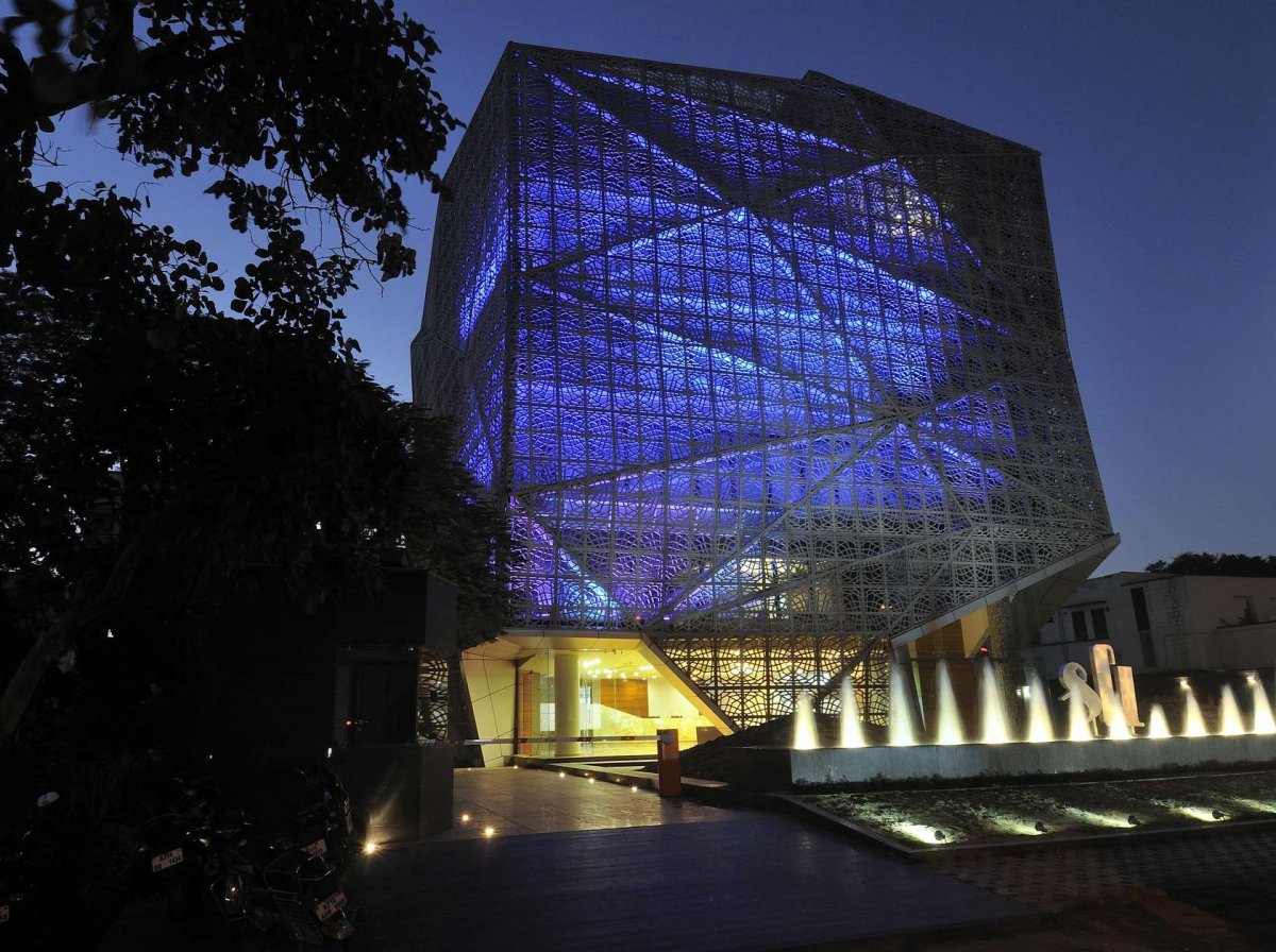 BEST OFFICE MID RISE: 72 Screens, India, Sanjay Puri Architect