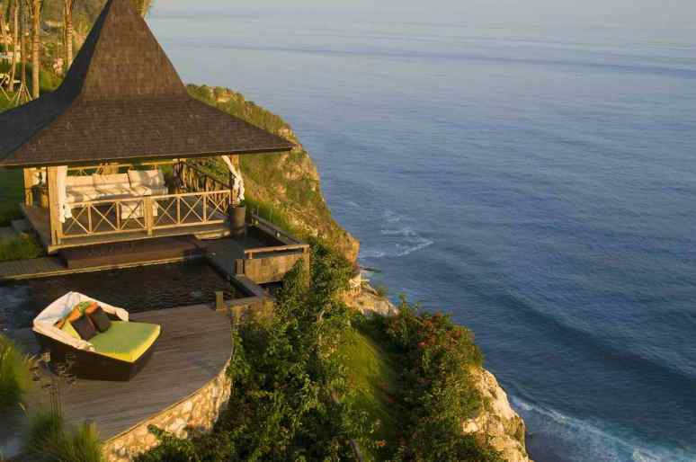 30-Balinese-cliffside-accommodation-with-ocean-views