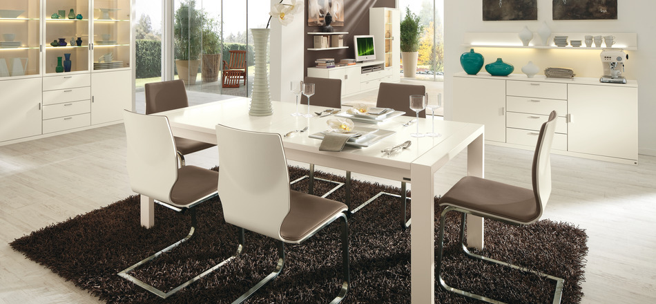 4-white-contemporary-dining-set