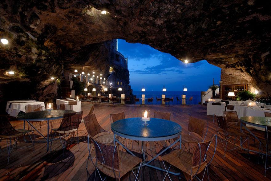 7 Hotel Ristorante Grotta Palazzese Polignano a Mare, Italy
