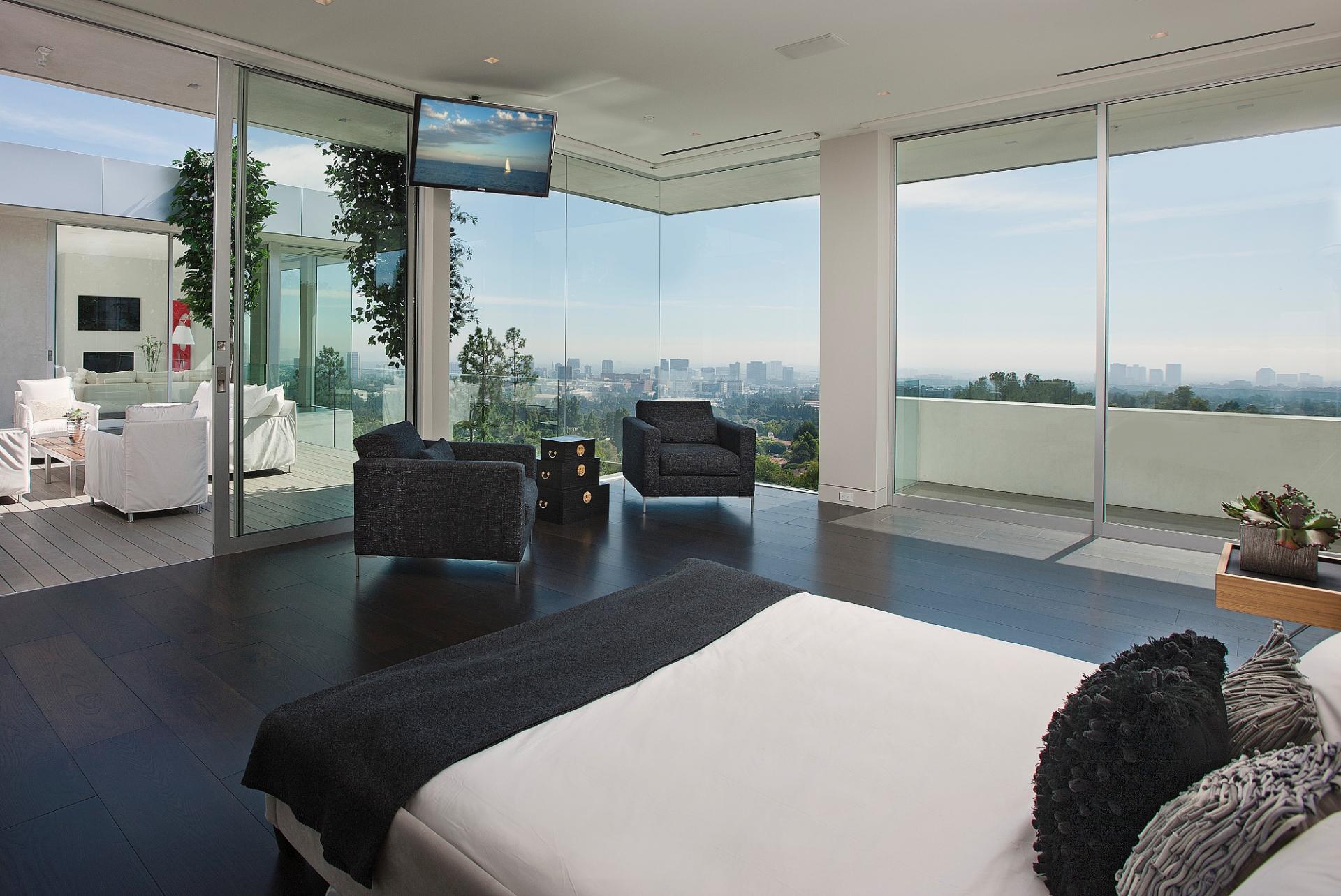 755-Sarbonne-13-0 Wood Paneled Room Design