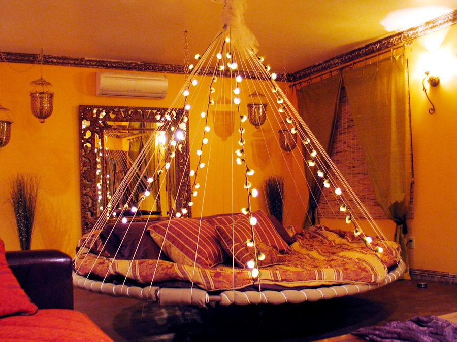 8-floating-bed-fairy-lights