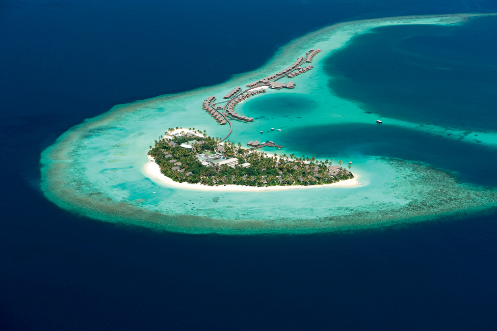 Constance-Halaveli-Maldives-Resort-02