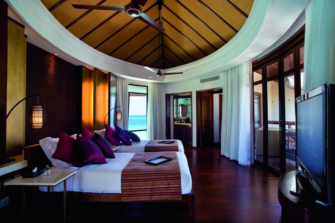 Constance Halaveli Maldives Resort 18