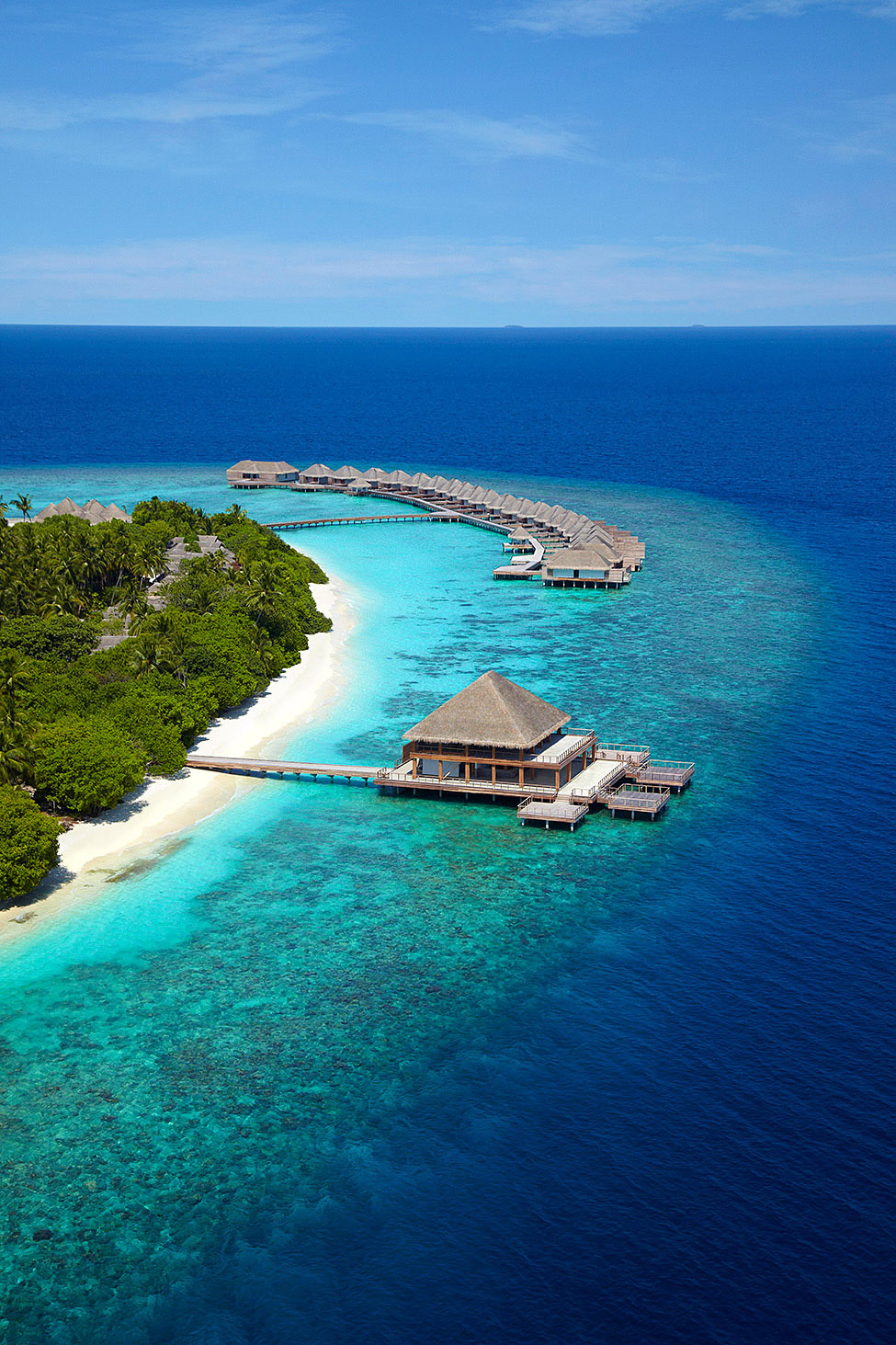 Dusit-Thani-Maldives-02