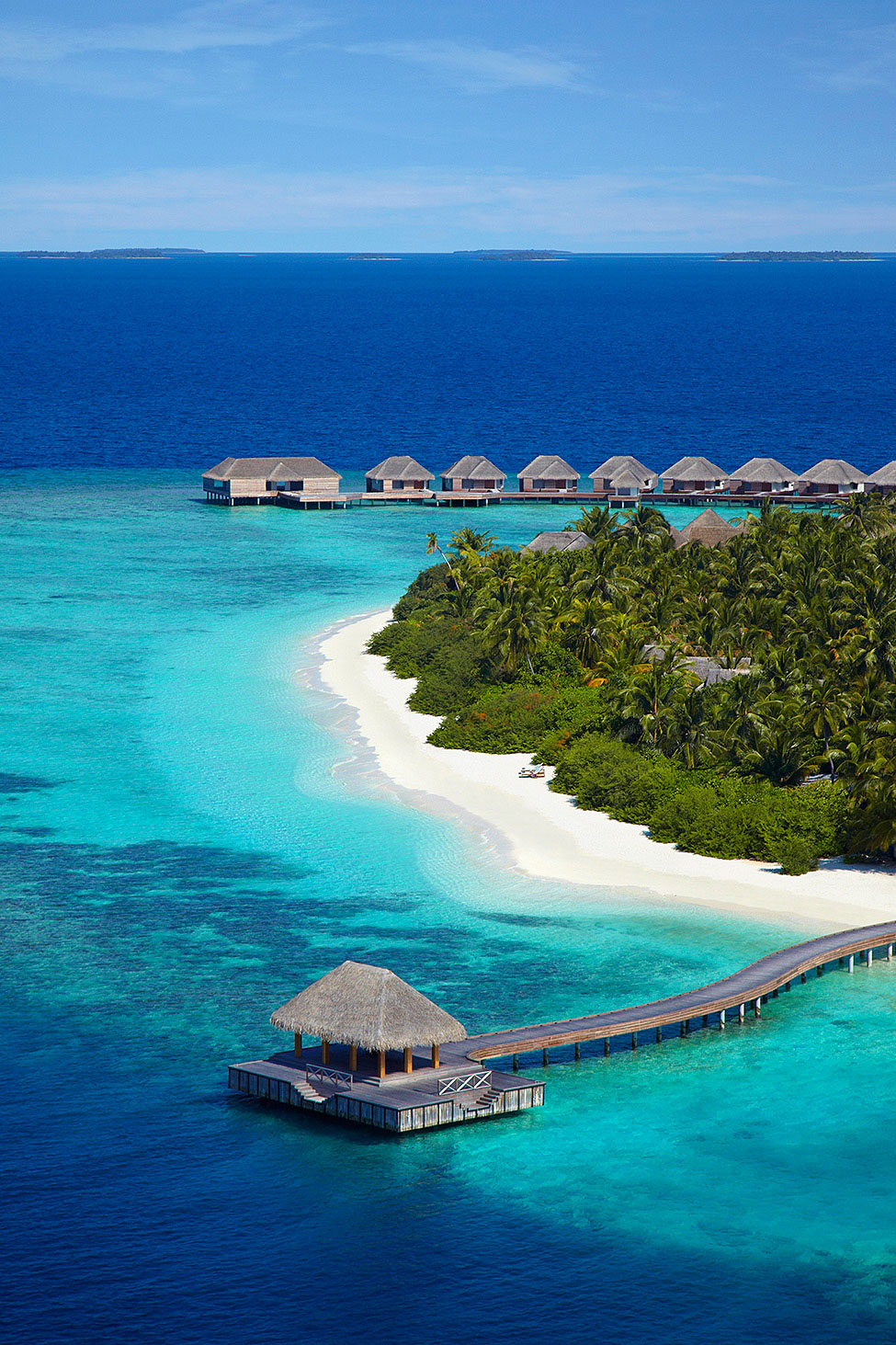 Dusit-Thani-Maldives-03