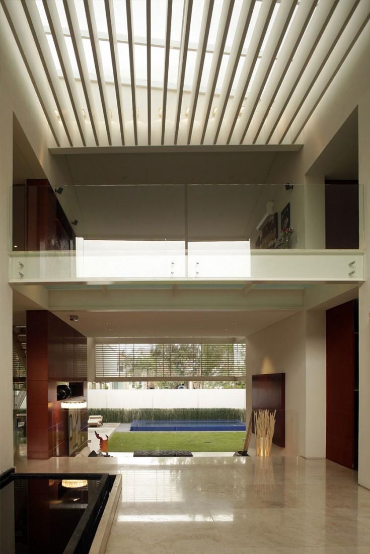 Godoy-House-05-735x1100