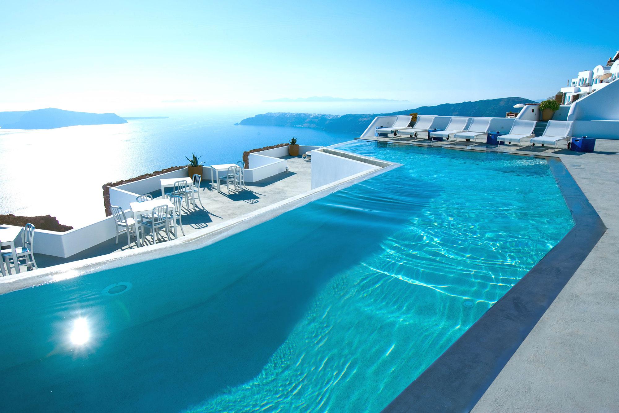 Grace-Santorini-Hotel-03-2