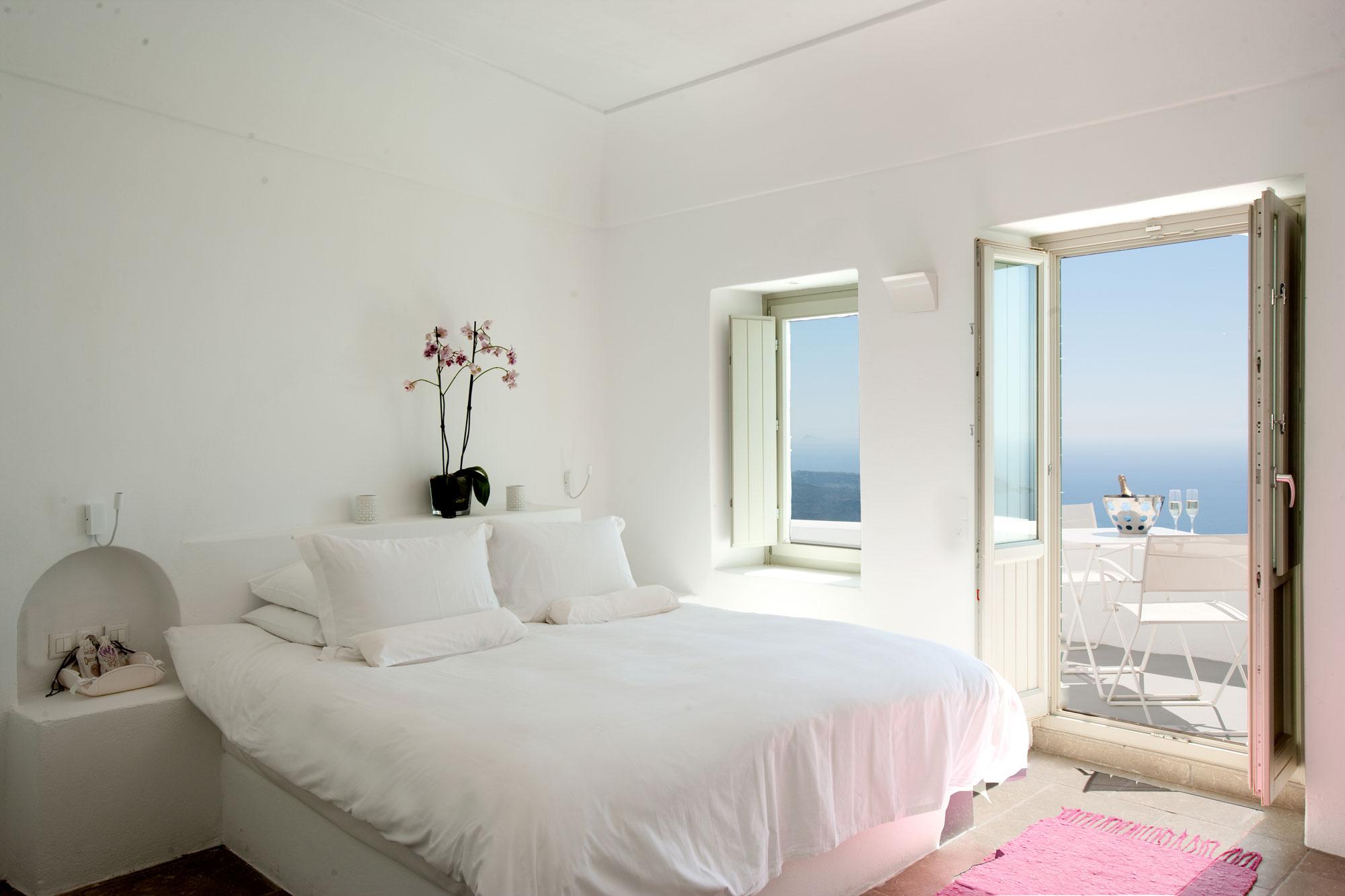 Grace-Santorini-Hotel-31