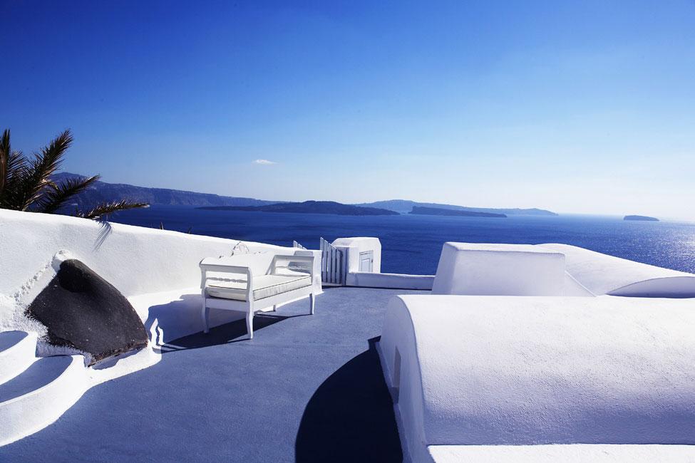 Katikies-Hotels-in-Oia-12