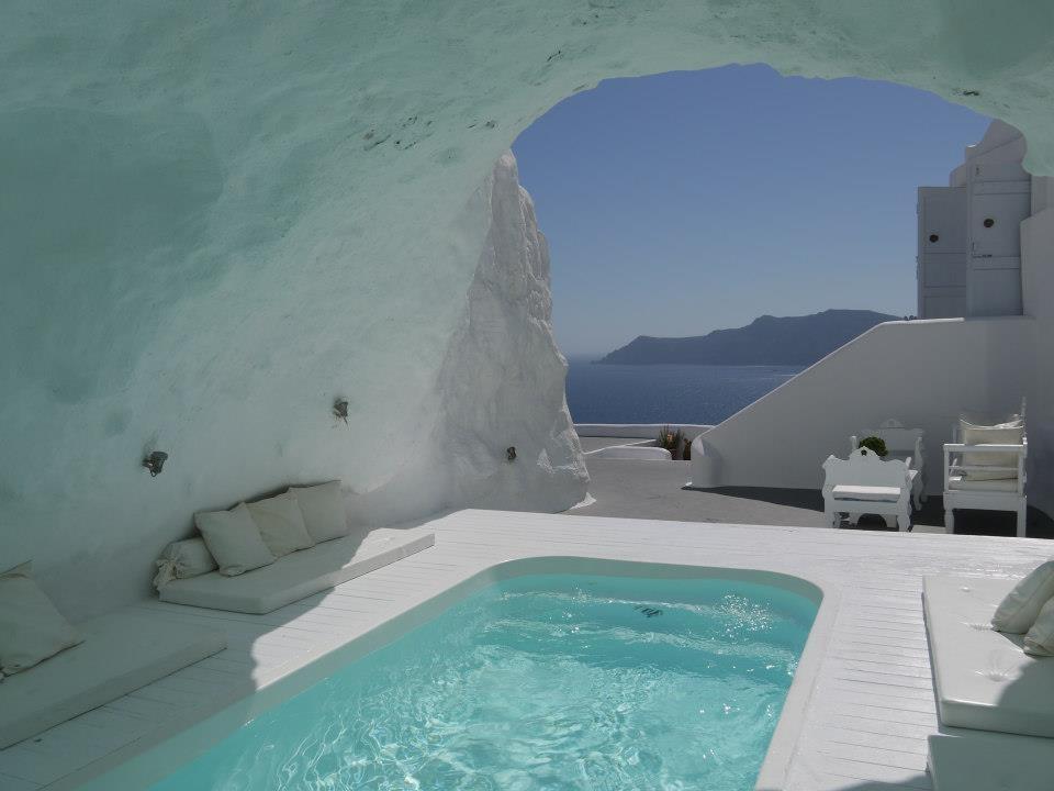 Katikies-Hotels-in-Oia-19