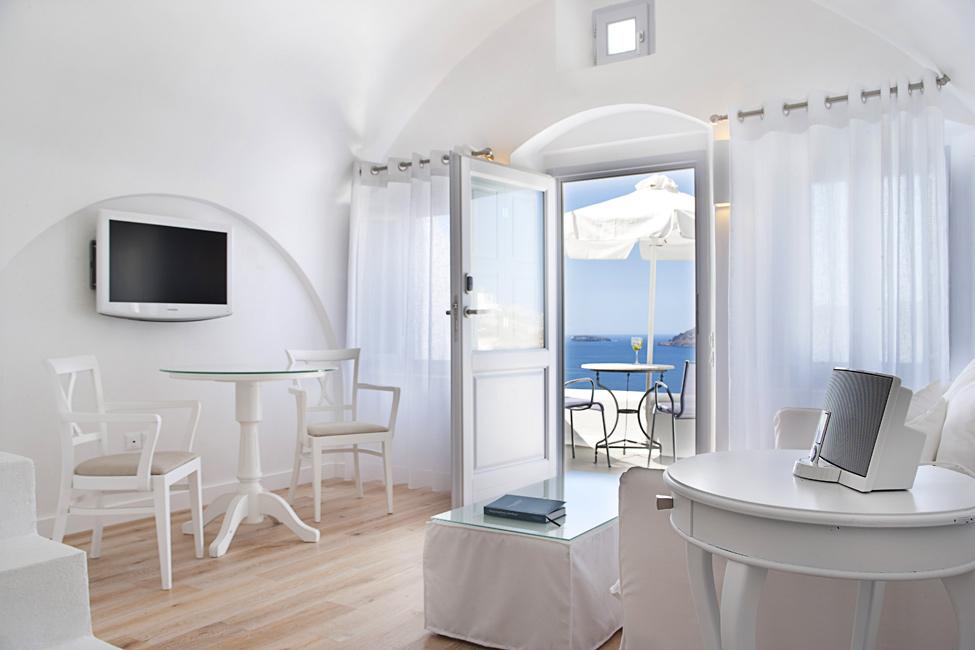 Katikies-Hotels-in-Oia-24