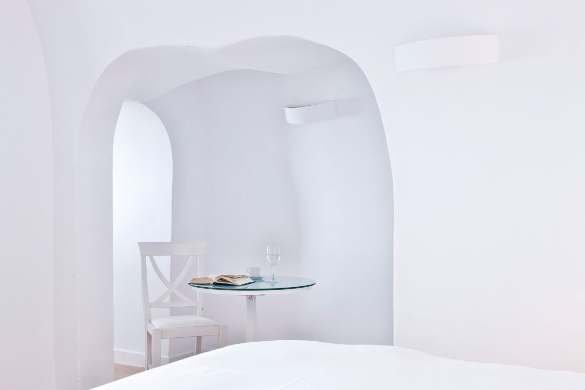 Katikies-Hotels-in-Oia-26