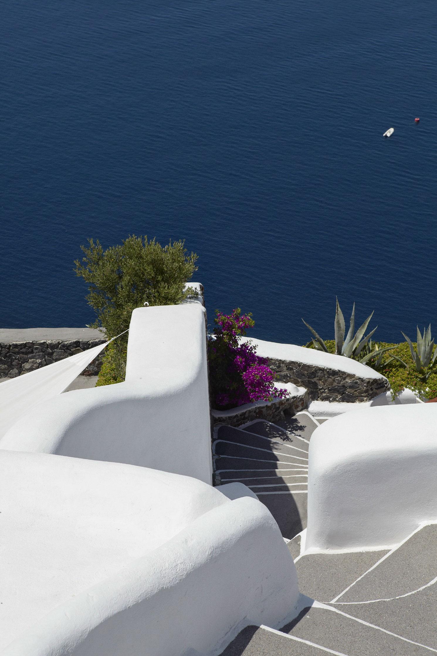 Perivolas-Oia-Santorini-10