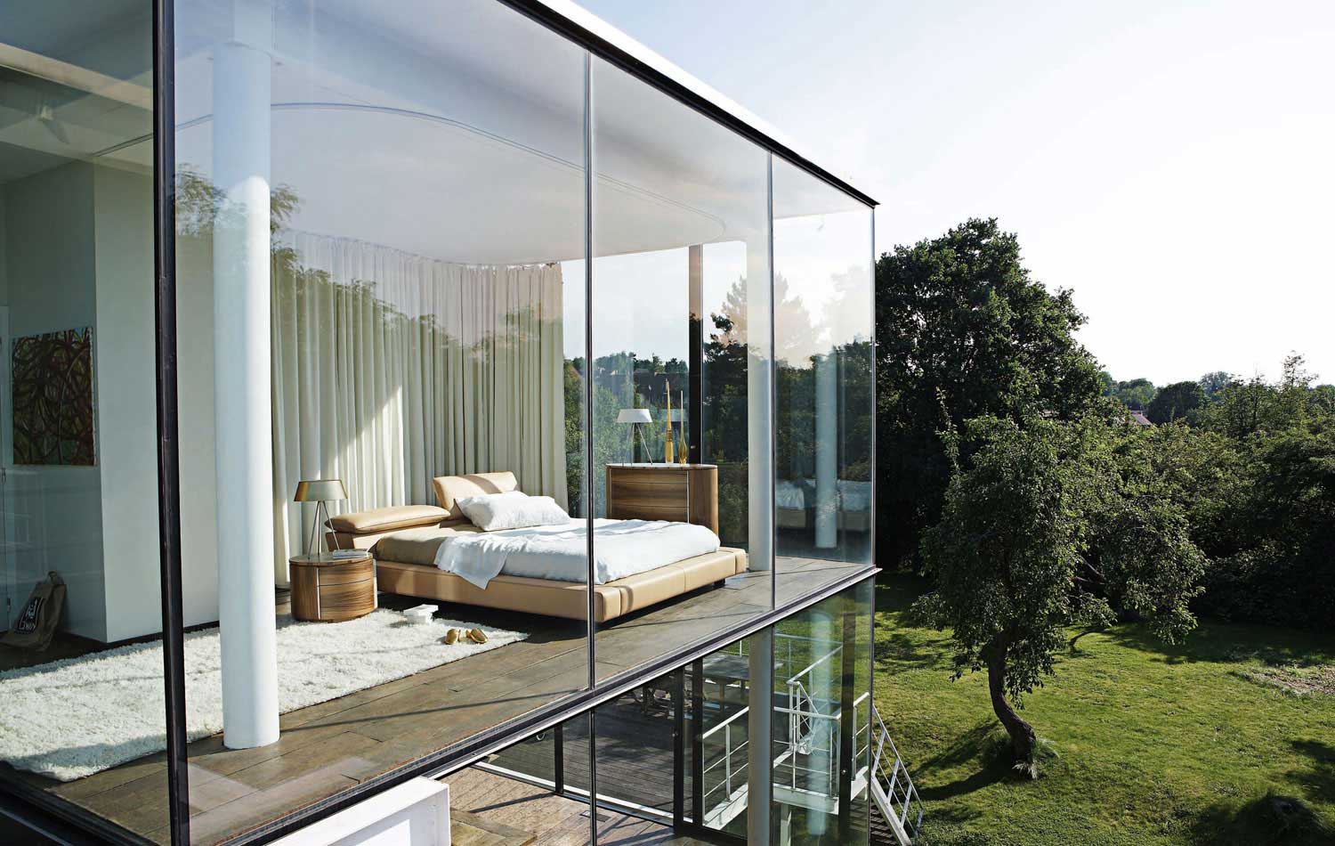 Bedroom Inspiration: 20 Modern Beds by Roche Bobois | Architecture & Design