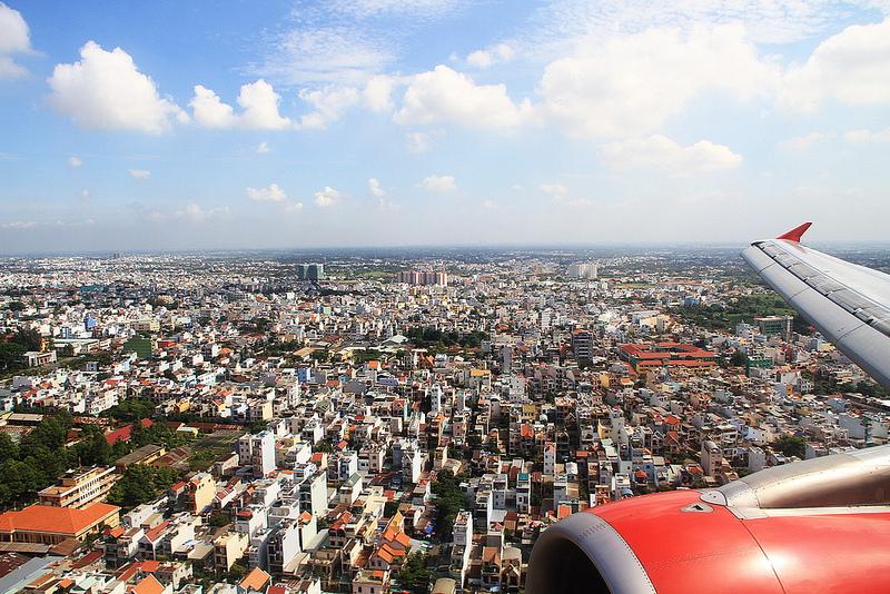 Seeing the World Through an Airplane Window 02