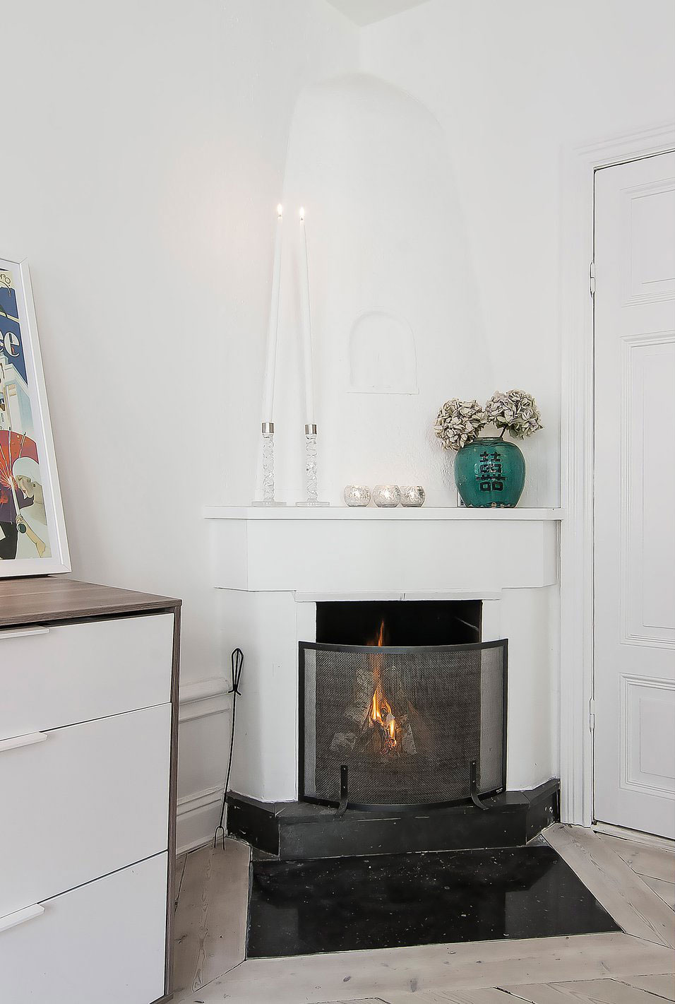 Small-yet-Stylish-Flat-in-Stockholm-03-2