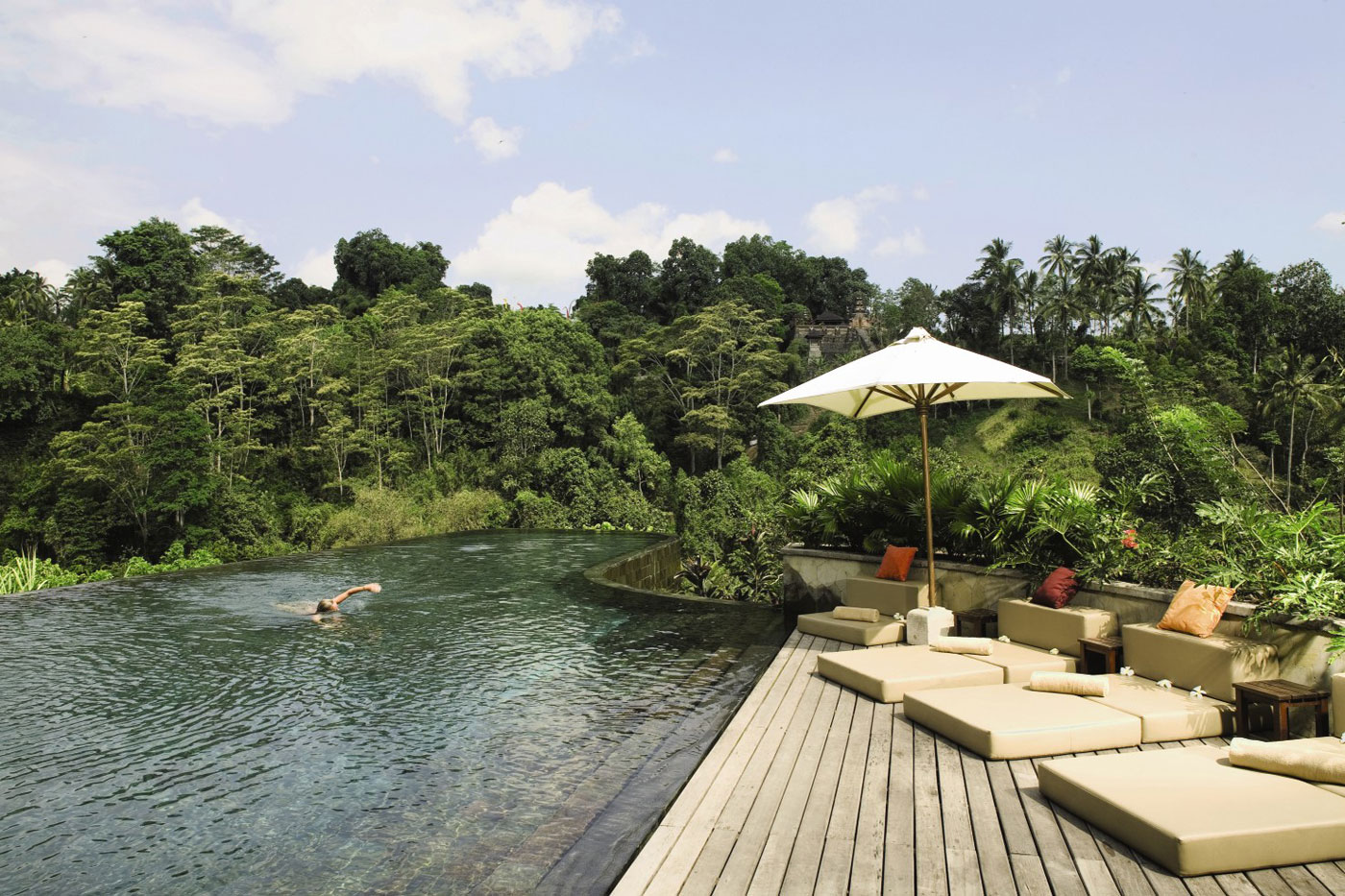 Hanging Infinity Pools in Bali at Ubud Hotel & Resort