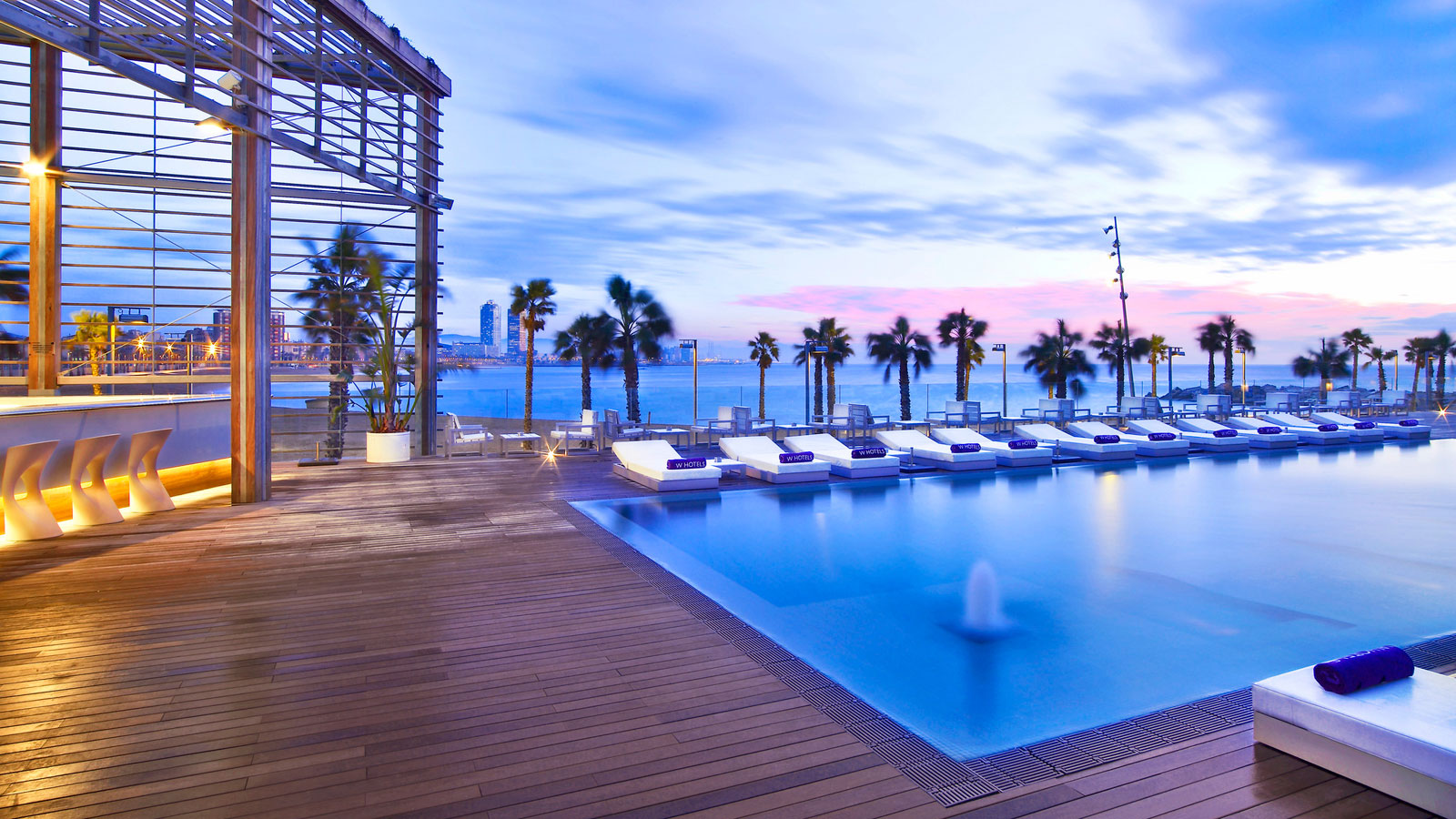 The w hotel in barcelona by ricardo bofill architecture - Hotel ayre rosellon en barcelona ...