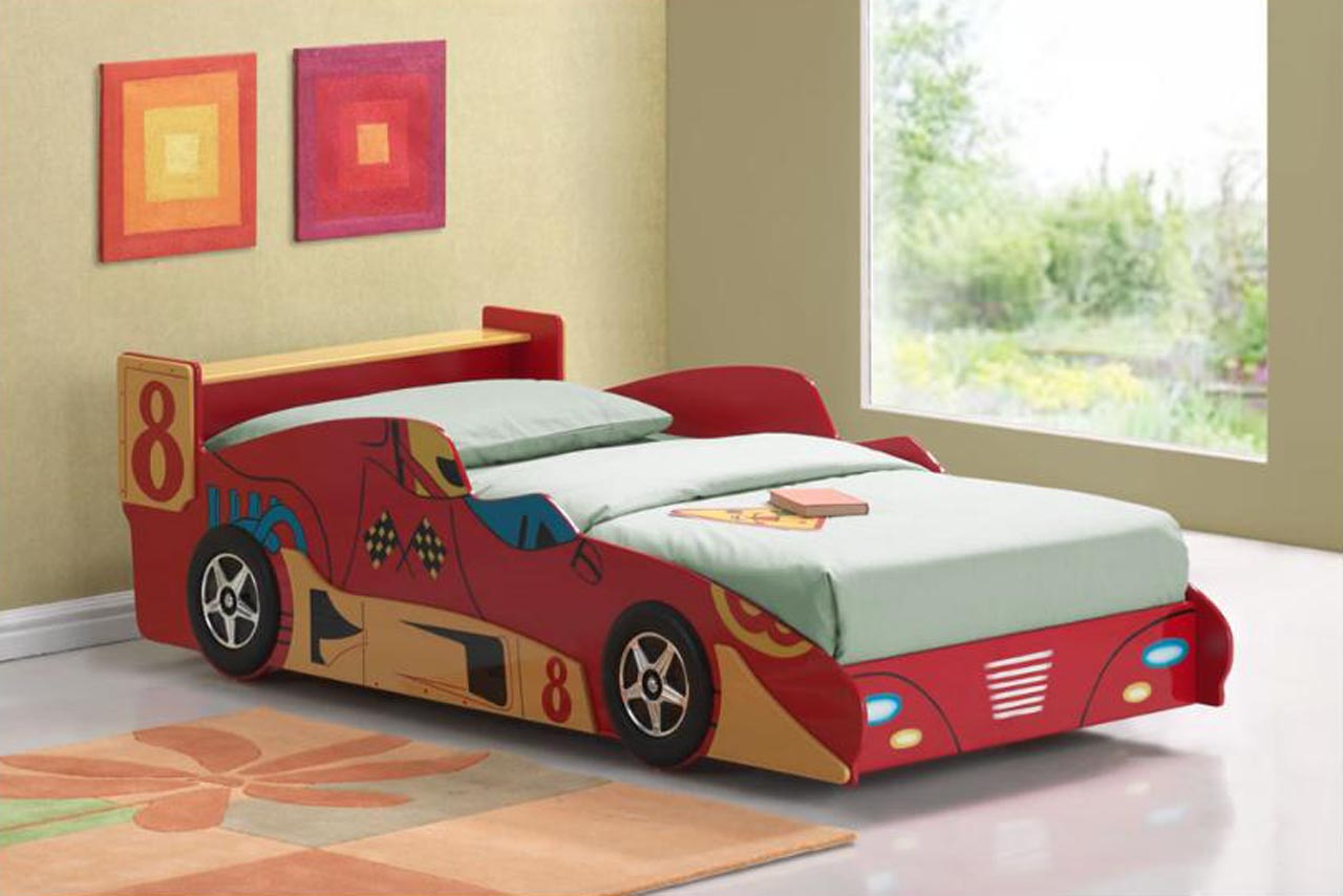 15 awesome car inspired bed designs for boys for Camas infantiles