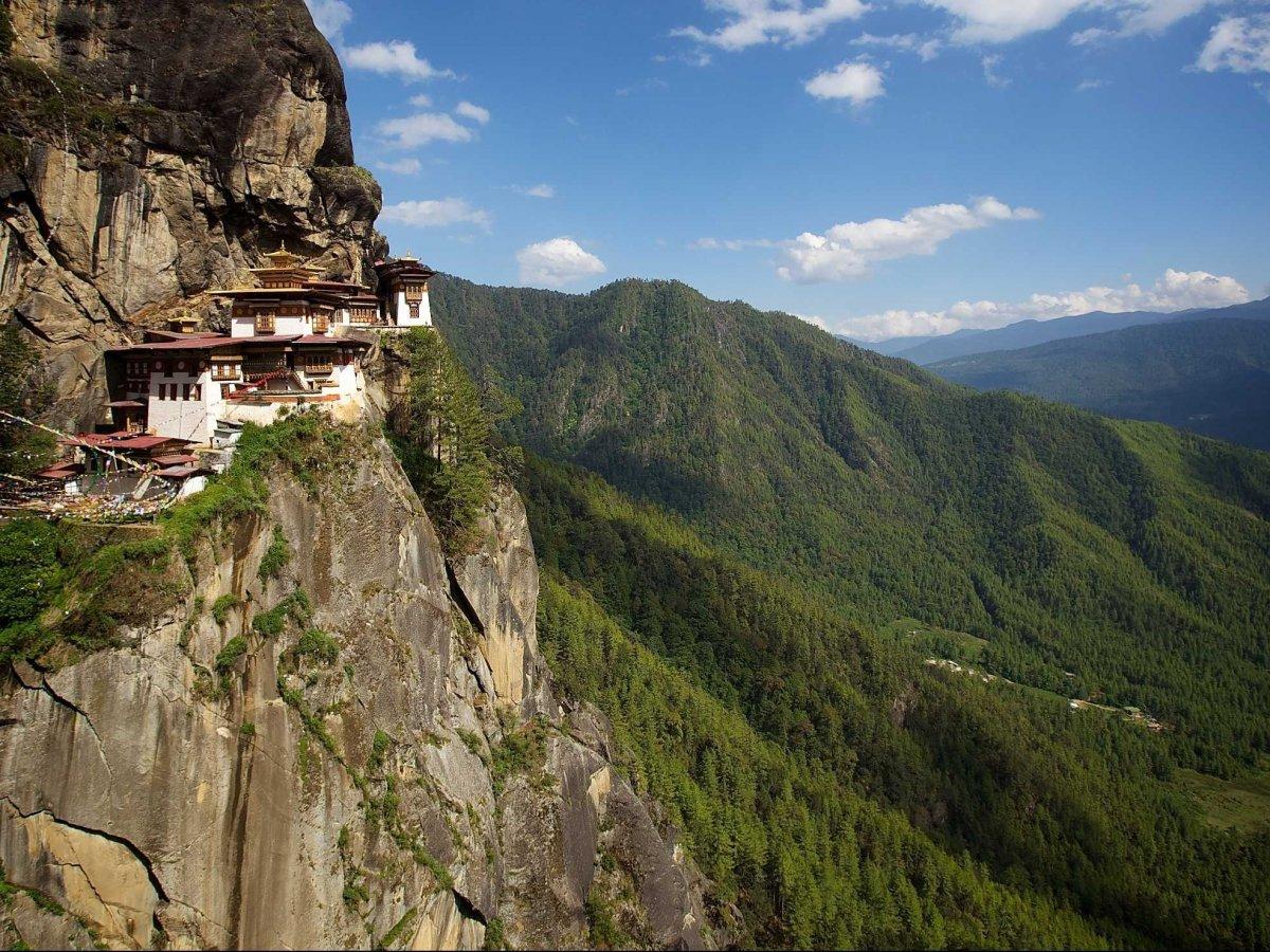 14-Tigers Nest Monastery