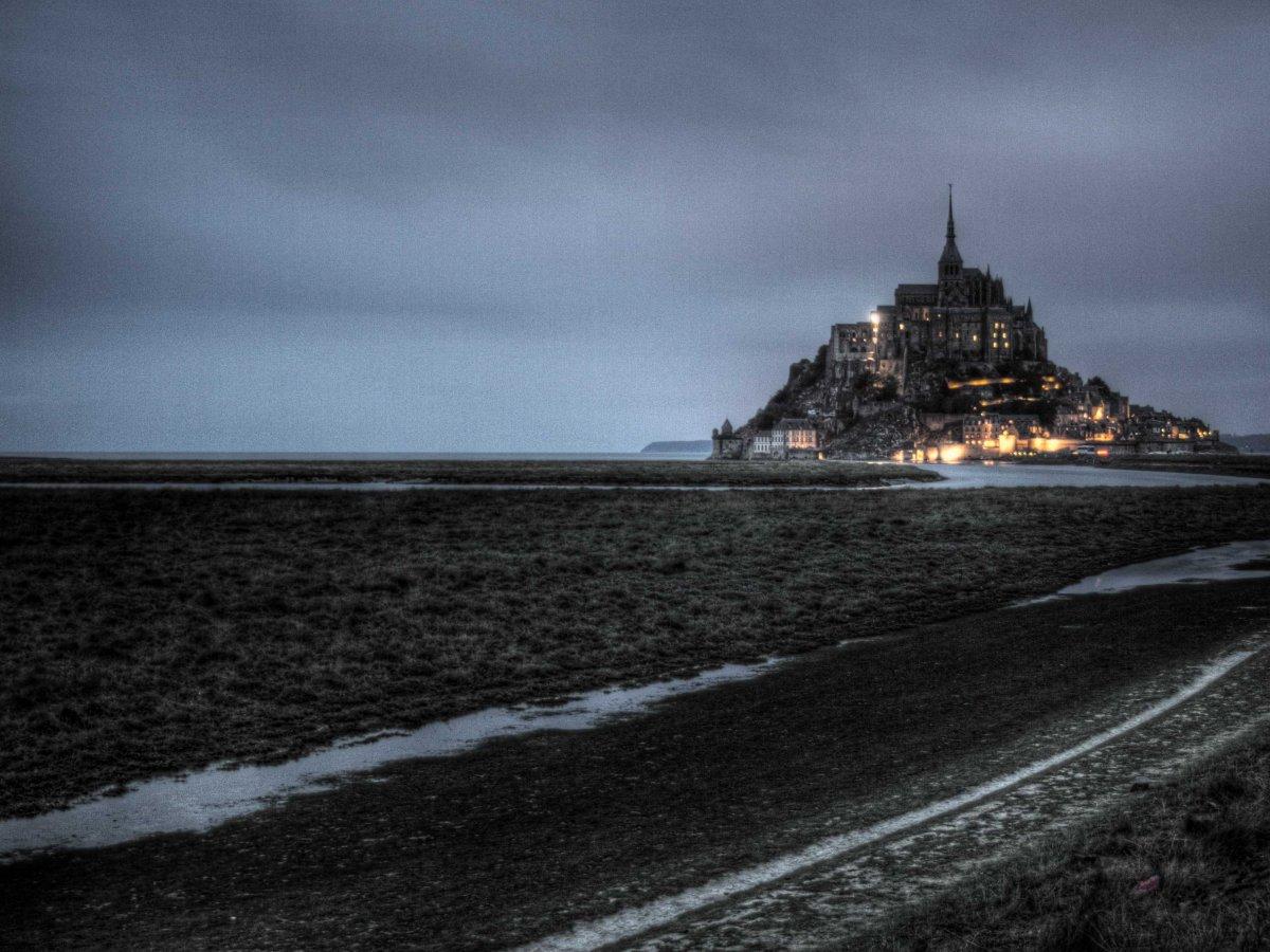 19-Mont St Michel