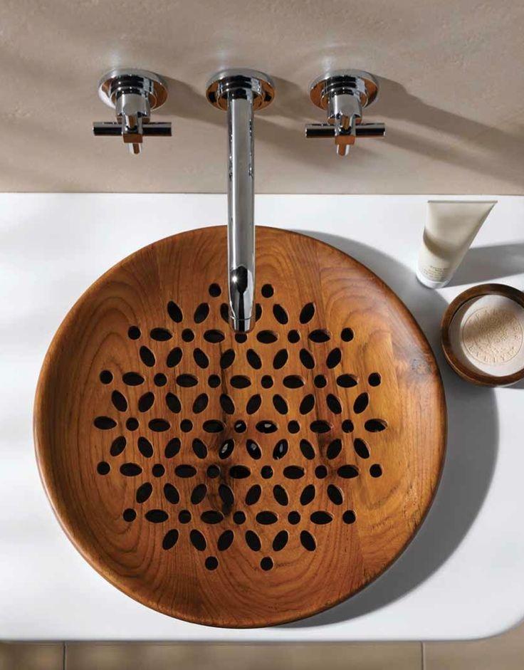20-Wooden-grate-sink