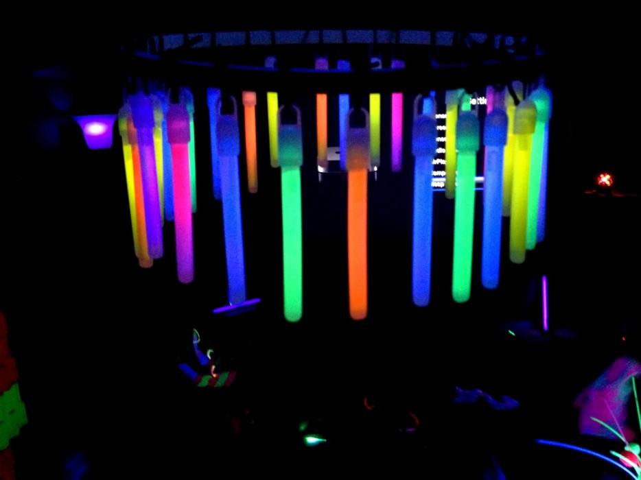 23-Glow-Sticks