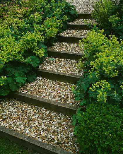 Genial 25 Lovely DIY Garden Pathway Ideas 04