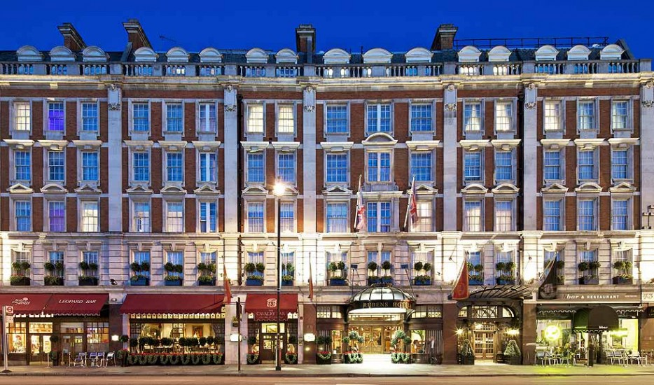 53-hotel-41-london-exterior