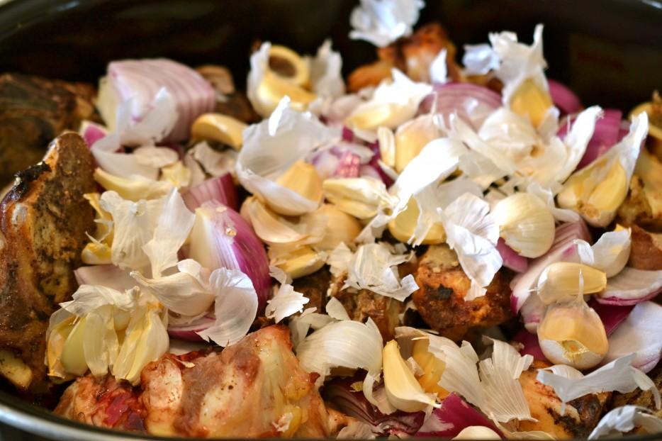 7-onion-and-garlic-skins