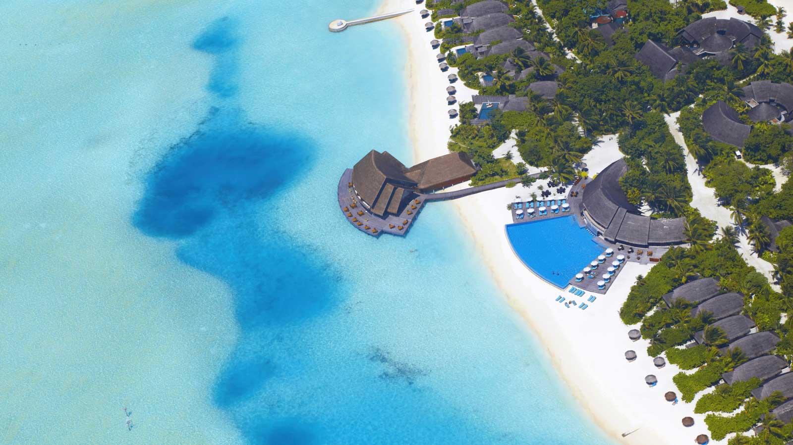 Anantara-Dhigu-Resort-00