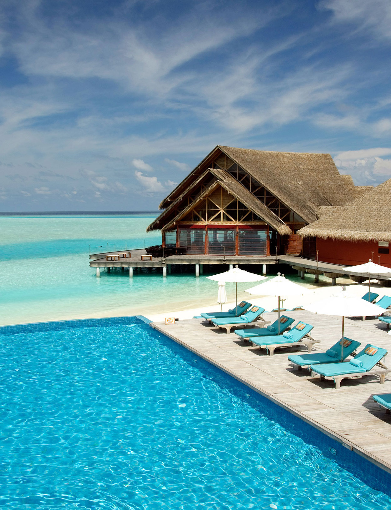 Anantara-Dhigu-Resort-03