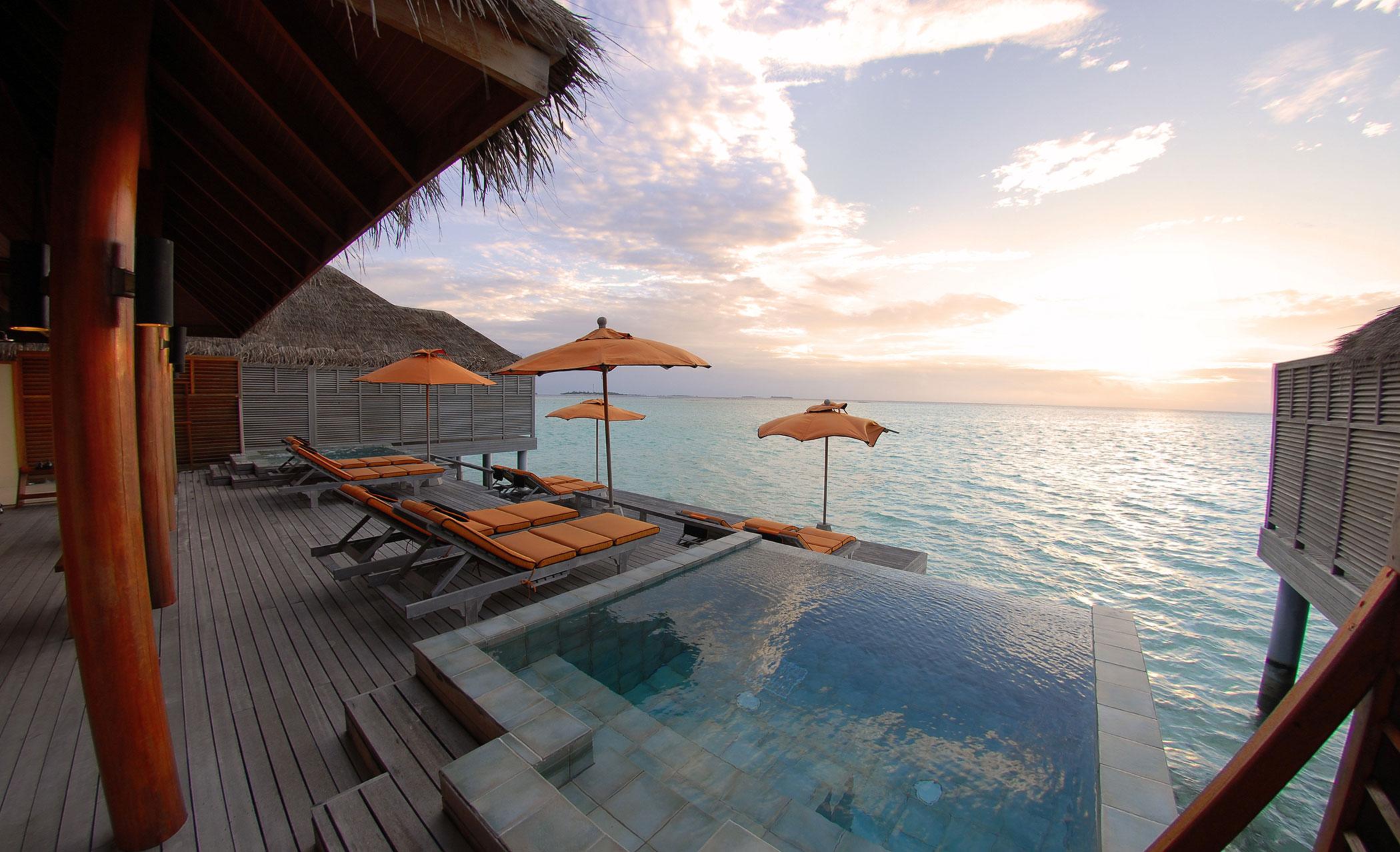Anantara-Dhigu-Resort-09