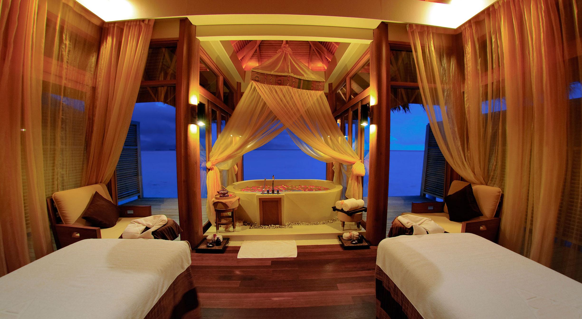 Anantara-Dhigu-Resort-16
