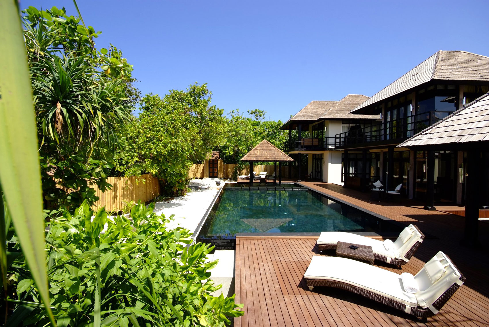 Iruveli a serene beach house in maldives architecture - Make your house a home ...