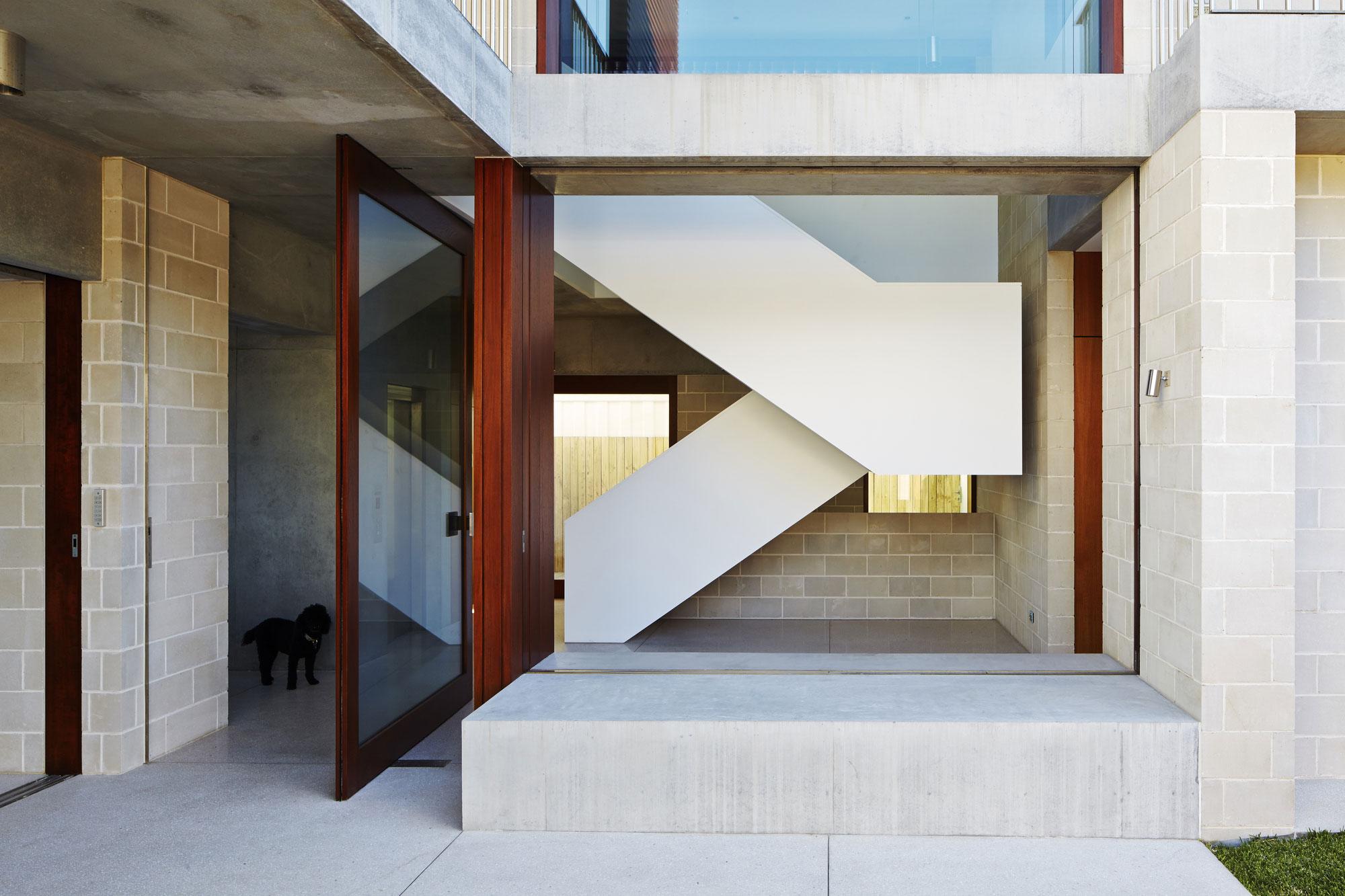 Block-House-05