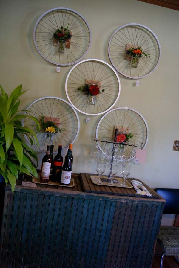 DIY-Crafts-from-Bike-Wheels-02