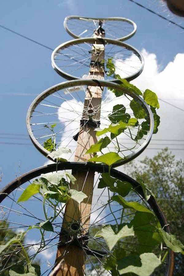 DIY-Crafts-from-Bike-Wheels-04