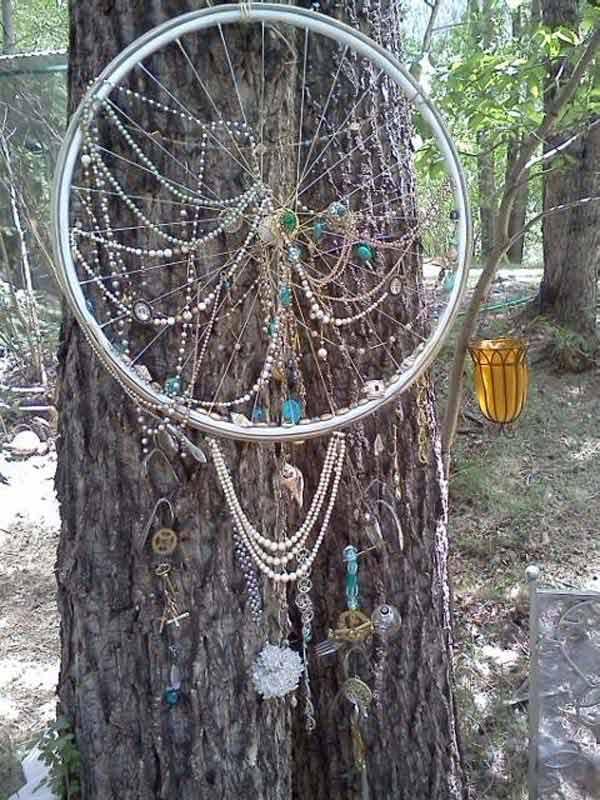 DIY-Crafts-from-Bike-Wheels-06